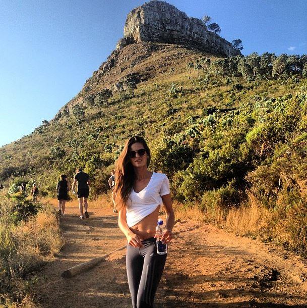 Izabel Goulart randonnée